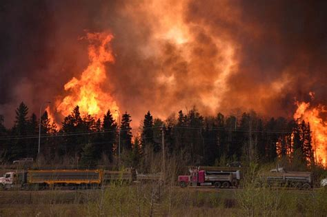 canadian oil sands town   fire  residents