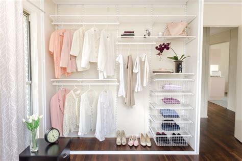 model lemari pakaian  variasi tema kamarmu
