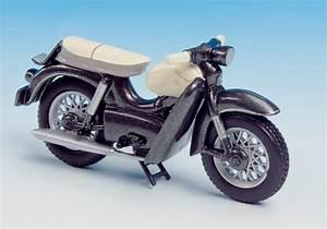 Kreidler Florett Modelle : schuco ford taunus transit 1 43 mit kreidler florett ~ Kayakingforconservation.com Haus und Dekorationen