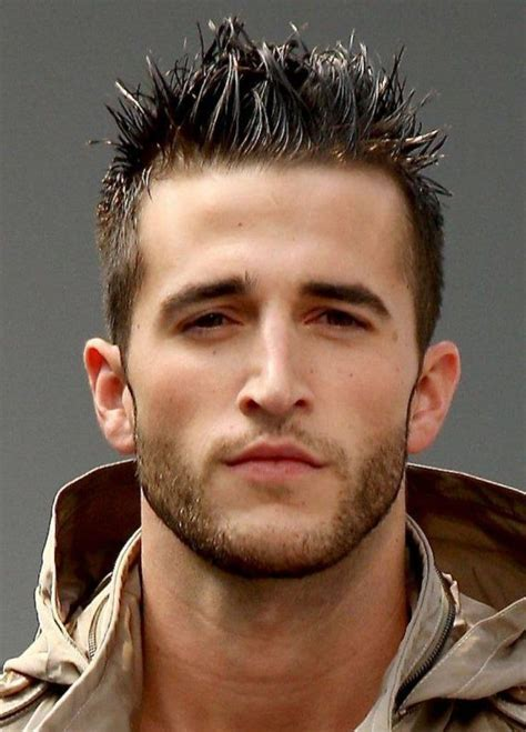 Get a New Look: 17 Versatile Men?s Hairstyles and Haircuts