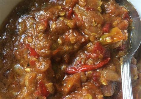 Banyak sekali jenis sambal yang ada di indonesia, seperti; Resep Sambal terasi tomat goreng oleh Ary SoendhAry - Cookpad