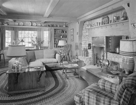 Home Interiors S.r.o : 1920s Home Interior Pics