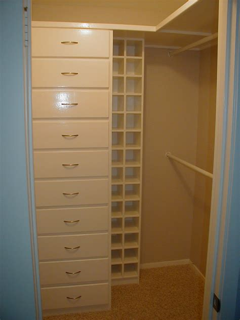 Closet In by Suburbs Master Closet