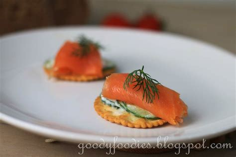 salmon canapes goodyfoodies recipe smoked salmon and yogurt cucumber