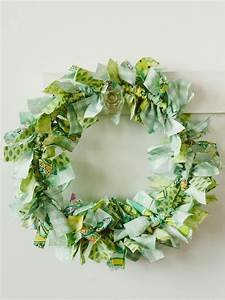 39 craft make an easy rag wreath hgtv