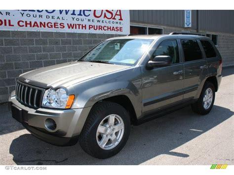jeep gray color 2007 mineral gray metallic jeep grand cherokee laredo 4x4