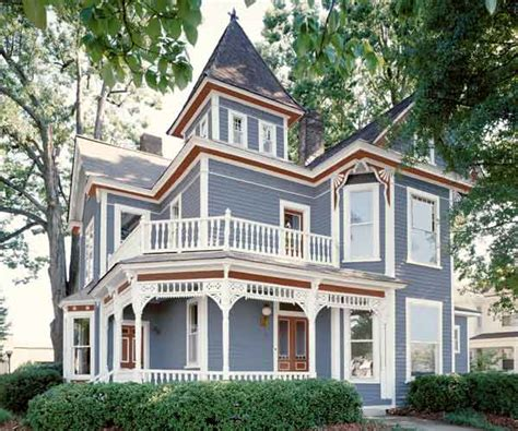 photos of exterior house paint color ideas for a colonial