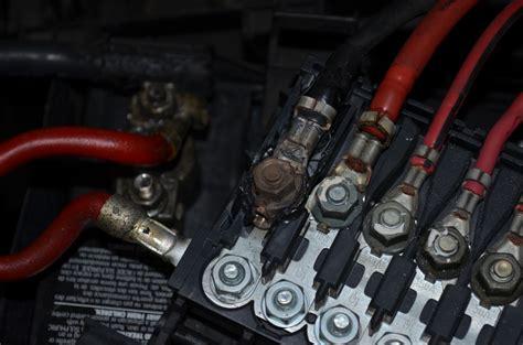 Charred Burnt Battery Fuse Box Newbeetle Forums