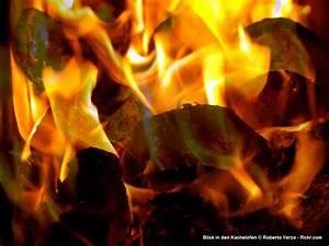 Feuer Den Ofen An : ofen liefert behagliche w rme und ist edle einrichtung ~ Lizthompson.info Haus und Dekorationen
