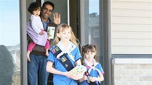 Ottawa-area sisters sending Girl Guide cookies to Canadian ...