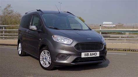 2018 Ford Tourneo Courier - YouTube