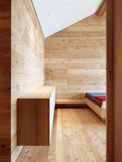 isolation plafond chambre isolation thermique en bois de mélèze d 39 un chalet en suisse