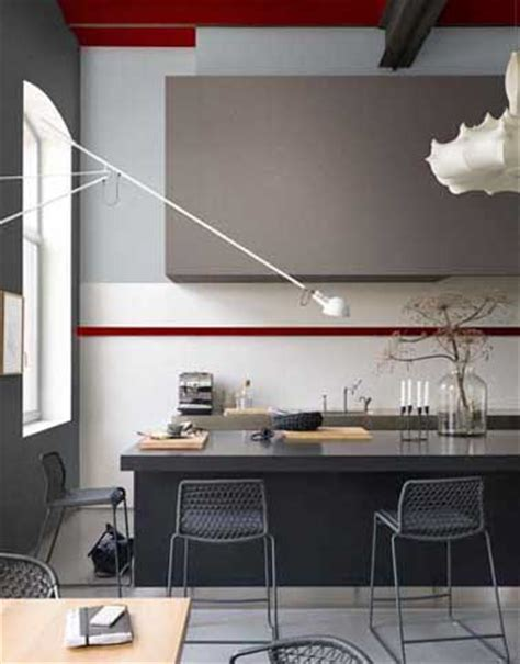 cuisine taupe et noir peinture couleur cuisine gris anthracite et taupe dulux