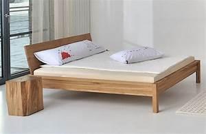 Bett 180x200 Eiche Massiv : massivholzbett cara von vitamin design ~ Bigdaddyawards.com Haus und Dekorationen