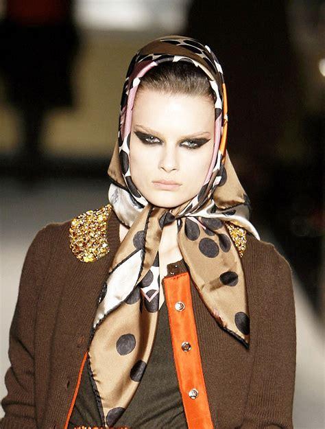 jeanine hennis plasschaert swimsuit autumn winter catwalk trend headscarves as at dolce