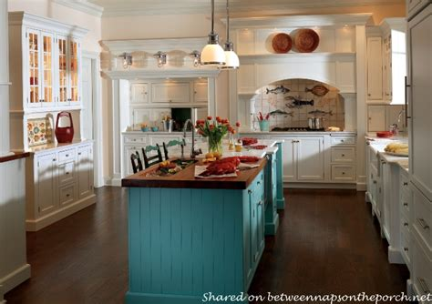aqua kitchen island 10 beautiful kitchens cottage country and 1326