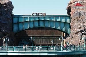 DisneySea photos by The Theme Park Guy