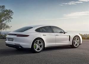 Porsche Panamera Hybride : porsche panamera l hybride rechargeable fera ses d buts paris photos ~ Medecine-chirurgie-esthetiques.com Avis de Voitures