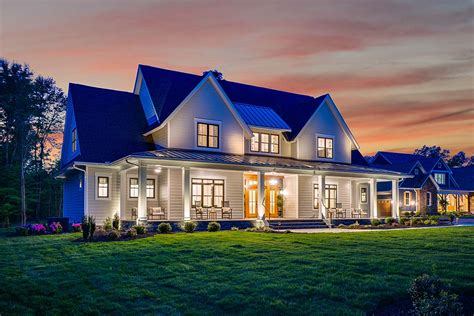 House Plan 42698 Traditional Style with 3952 Sq Ft 4