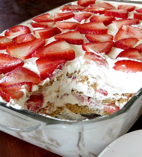 dessert with strawberries strawberry icebox cake sprinkle some sugar