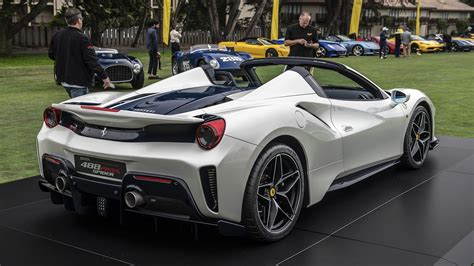 Jamesedition collects the crème de la crème of the finest ferraris available for sale around the world. Ferrari reveals 488 Pista Spider at Pebble Beach Concours d'Elegance | Autoblog