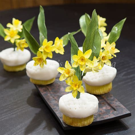 Daffodil Cupcakes, for a Sweet Wedding   Bobbies Baking Blog