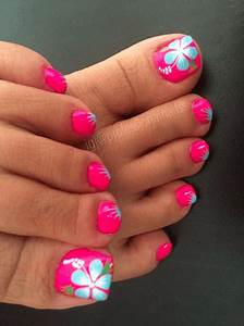 15 Sizzling Summer Pedicure Ideas