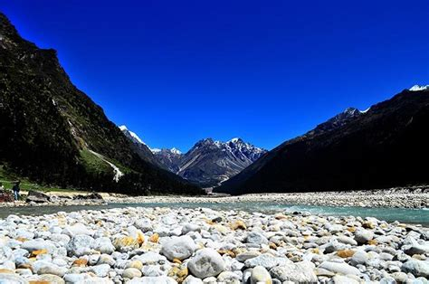 extremely picturesque places  visit  gangtok