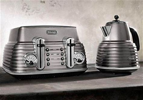 toaster retro design 88 best images about vintage toasters on deco style toaster and slice of bread