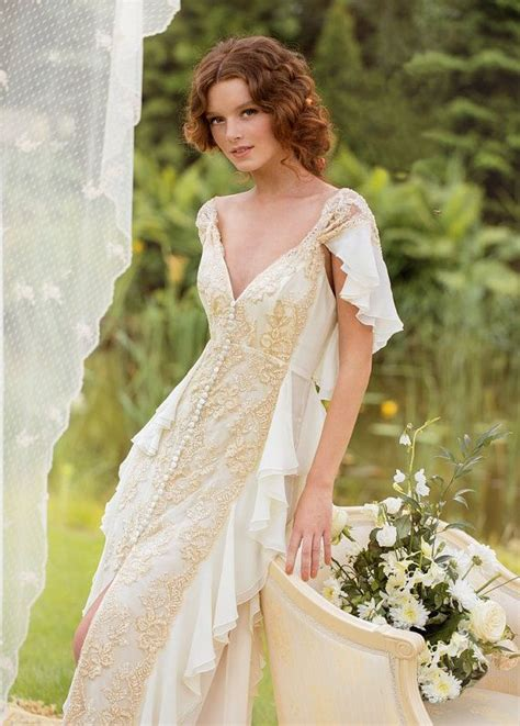 wedding dress designer aristocratic gown