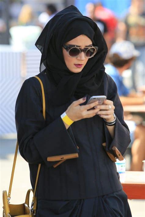 wearing dubai street style hijab fashion