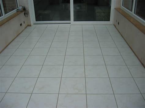 Floor Tiles   Fama Beige Tile   White Matt Porcelain FAM632