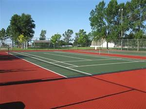 » Tennis Courts