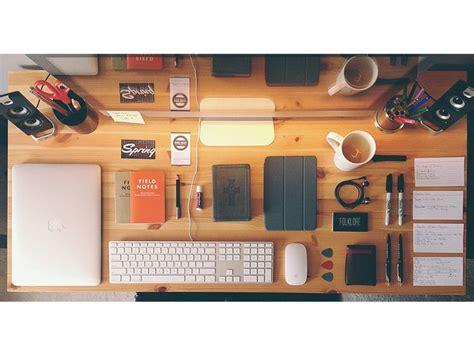 mac desks blog shows  gorgeous apple setups cult  mac