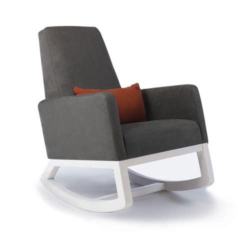 la chambre de bébé chaise bercante joya de monte design