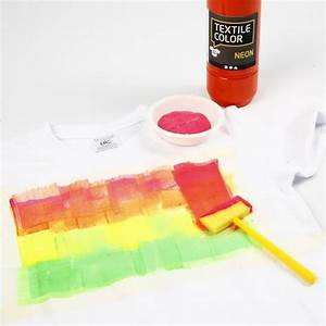 Neon Textil Color Fabric Paint on a T Shirt and a Cap