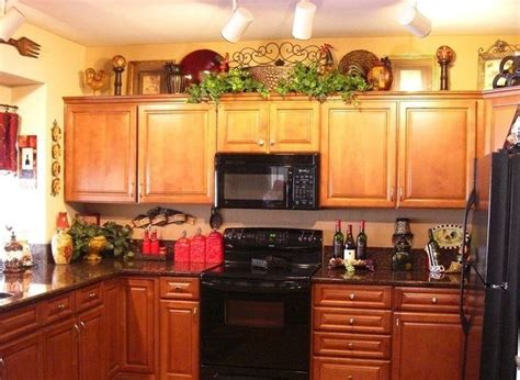 Ideas For Kitchen Decorating Themes by Best 25 Wine Kitchen Themes Ideas On Wine