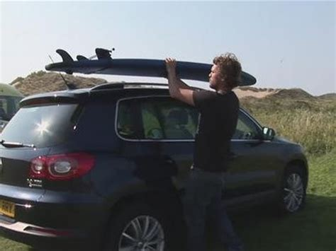 attach  surfboard   roofrack youtube