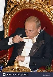 Abendessen Auf Englisch : w hrend der russische pr sident vladimir putin auf einem staatsbesuch in gro britannien ~ Somuchworld.com Haus und Dekorationen