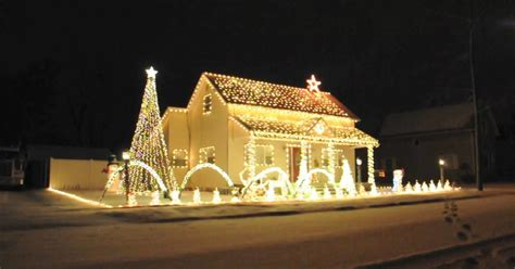 he put christmas lights on his house to help raise money
