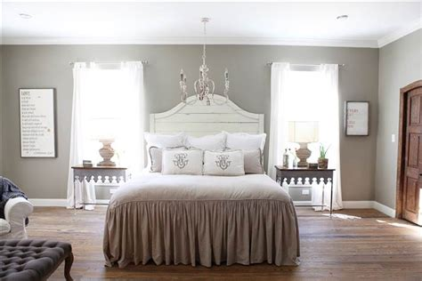 Joanna Gaines Bedroom Design Ideas by Chip And Joanna Gaines Fixer Home Tour In Waco