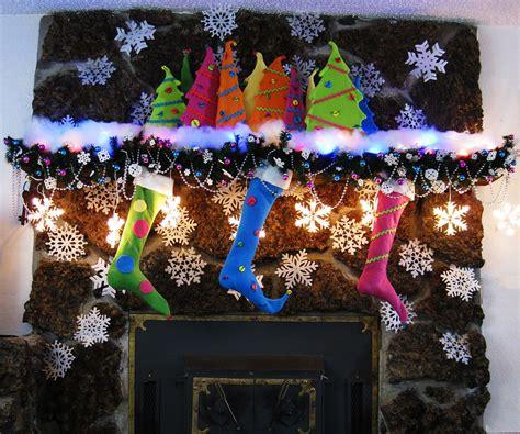 dr seuss inspired mantel  christmas happy