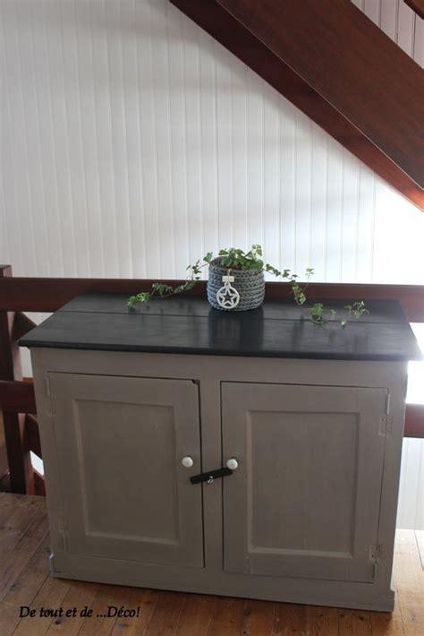 tres cuisine idée relooking cuisine très vieux meuble relooké en taupe et noir peinture libé pour voir