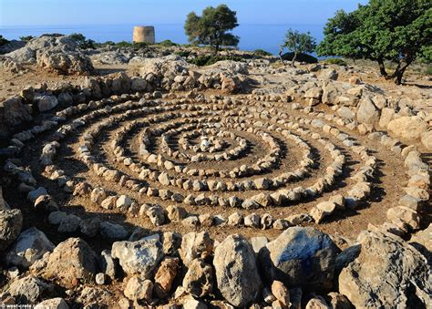 threshing floor and spiral