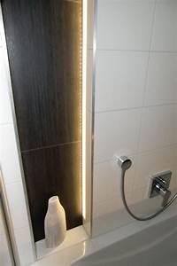 Badezimmer Beleuchtung Wand : led f r direktes indirektes licht indirekte led beleuchtung f r 1 cm dicke fliesen 240 cm ~ Michelbontemps.com Haus und Dekorationen