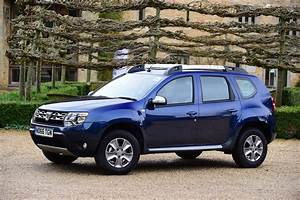 4x4 Dacia : dacia duster automatic 2017 review pictures auto express ~ Gottalentnigeria.com Avis de Voitures