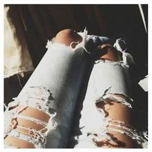 DIY Fashionable Ripped Jeans - Styleoholic