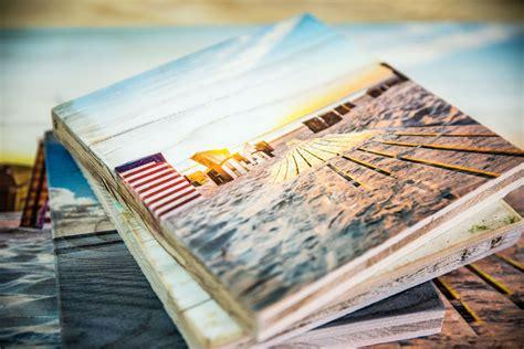 fotos auf holz aufziehen druck auf holz bilder auf vintage holz