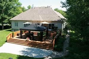 terrasse surelevee en beton recherche google terrasse With good amenagement de jardin avec piscine 5 photo maison provencale pierre