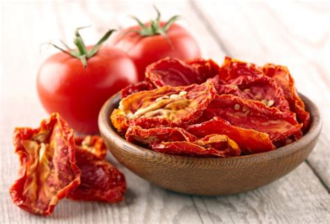 basilikum trocknen im backofen rezept tomaten im backofen trocknen frag mutti